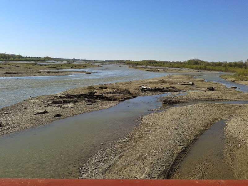 Река Лаба. Аул Кошехабль, Адыгейская республика.